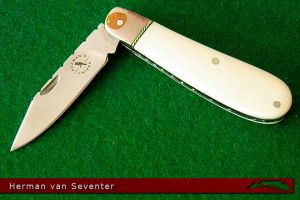 CKG-knife-photo-hvs3.jpg