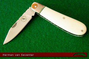 CKG-knife-photo-hvs3.jpg