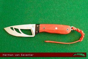 CKG-knife-photo-hvs9.jpg