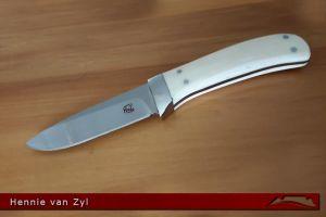 CKG-knife-photo-hvz16.jpg