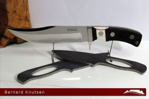 CKG-knife-photo-bk1.jpg