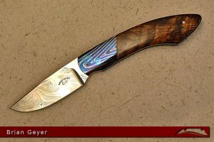 CKG-knife-photo-bg5.jpg
