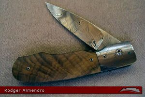 CKG-knife-photo-ra1.jpg